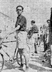 El camarada Luis Herrero que, tras enconada lucha, logró llegar el primero, en la prueba ciclista, adjudicándose el premio destinado a tal fin.