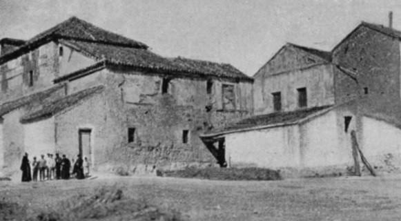 Iglesia y convento de Capuchinos de Calzada transformados en iglesia parroquial.