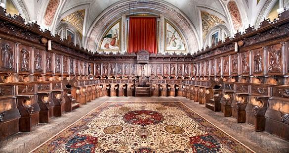 Coro del convento dominico de Santo Domingo de Guzmán, en Ocaña, con sillería baja y alta.
