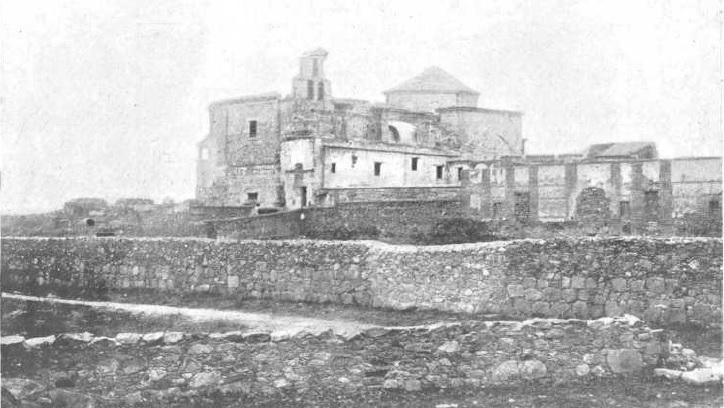 Ruinas del Convento y Palacio de Rosario del Monte. Foto de Codorníu.