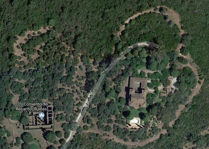 Vista de las ruinas del Convento y del Palacio del Rosarito. Fuente: Maps de Google.