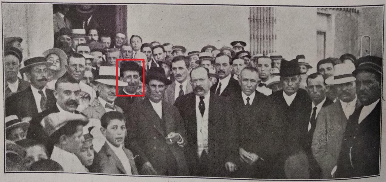 En la imagen, se puede ver al cura calzadeños Miguel Ruiz Pérez, que llegó a ser director del diario El Pueblo Manchego.