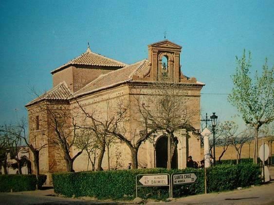 Ermita del Santísimo Salvador del Mundo, bajo cuya advocación se constituyó la Adoración Nocturna.