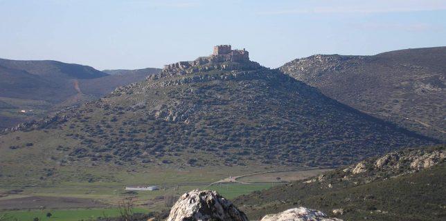 Vista del Sacro Convento de Calatrava la Nueva. Foto de Jose García Cazallas.